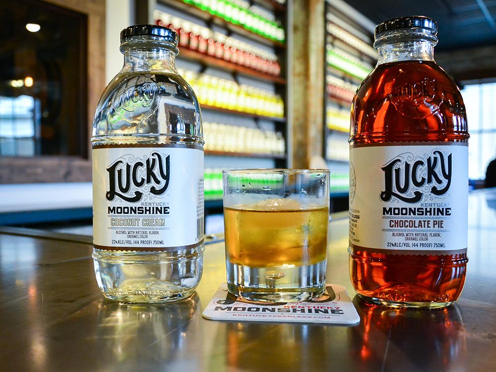Lucky Kentucky Moonshine - Going Bannas